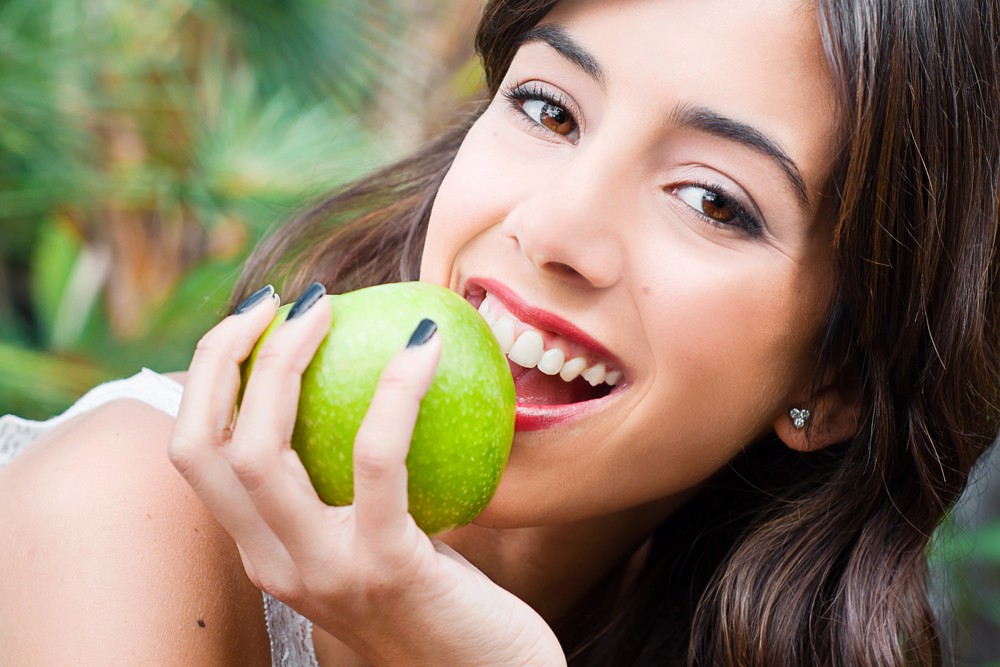 Healthy gums also make for a healthy heart. Via: Glayan | Shutterstock