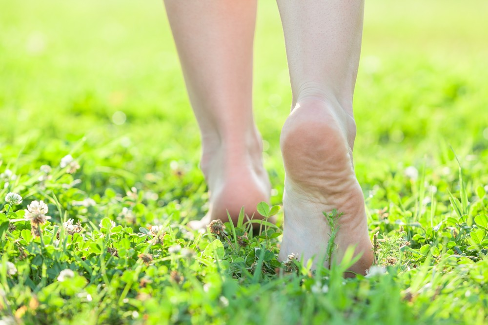 """Keeping """"grounded"""" could radically improve your health. Via: Kekyalyaynen 