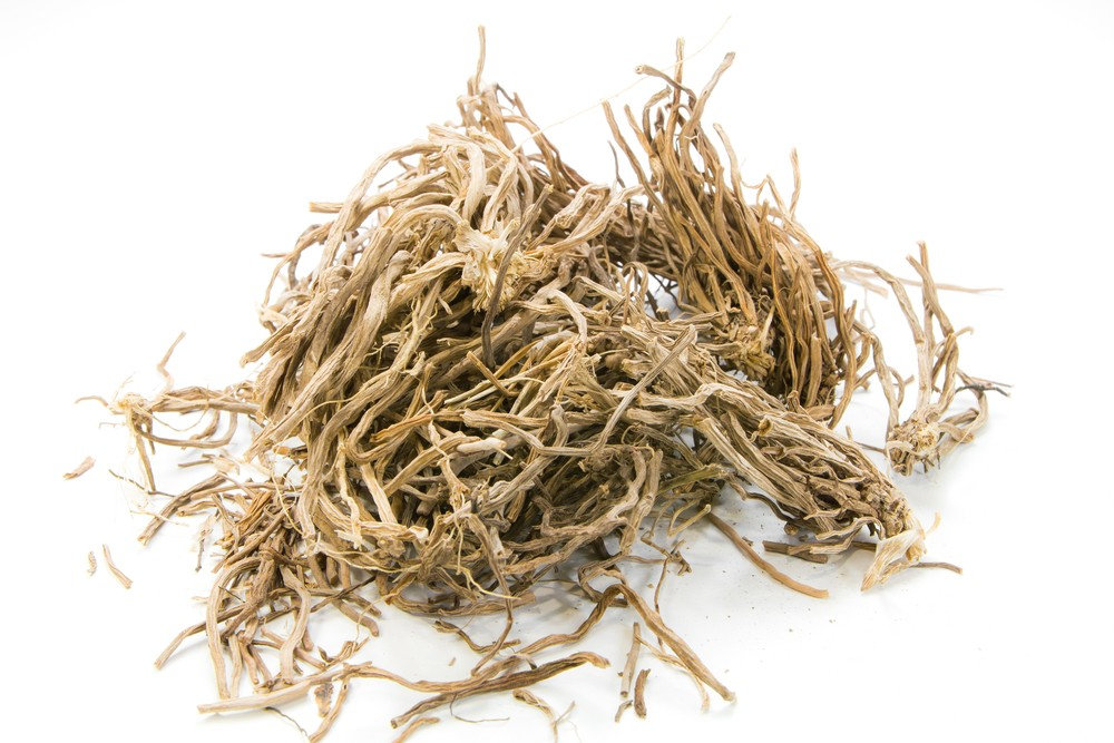 Photo: Dried vetiver. Via: simmax | Shutterstock.