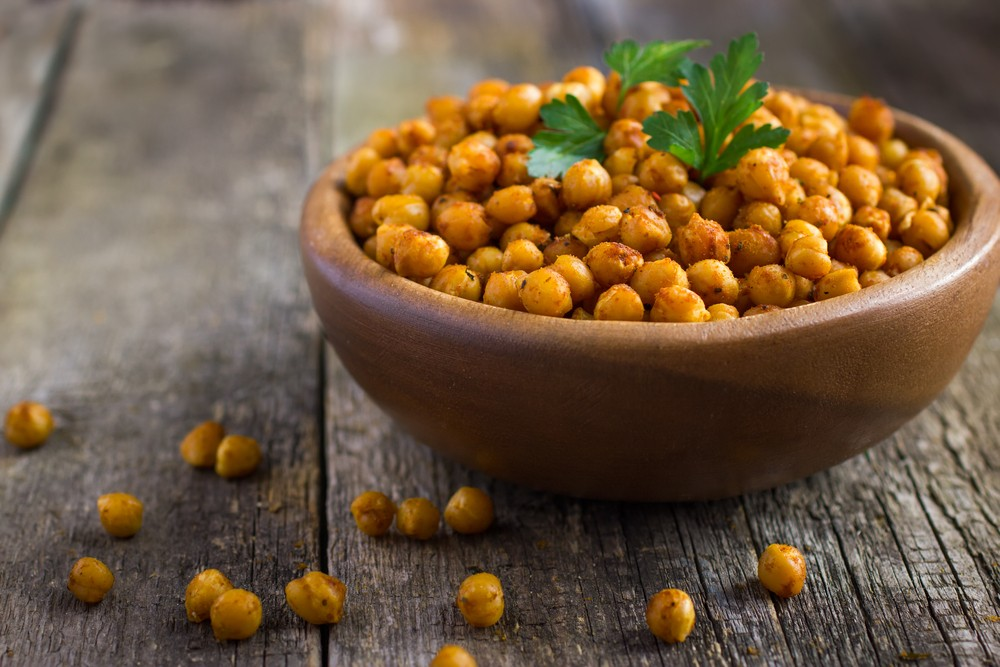 Photo: Chickpeas contain almost 5 mg of iron per cup. Via: Anna Shepulova | Shutterstock.